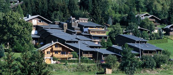 LES CARROZ D'ARÂCHES - Pension Complète en Village Vacances