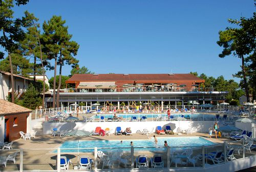 RONCE-LES-BAINS - Full board / Holiday Club